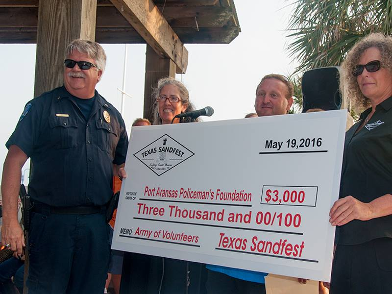 $3,000 check to Police Foundation